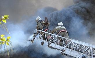 За выходные и праздничные дни в Марий Эл случилось 13 пожаров