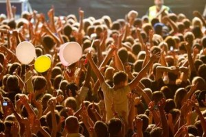 Music-Festival-Crowd